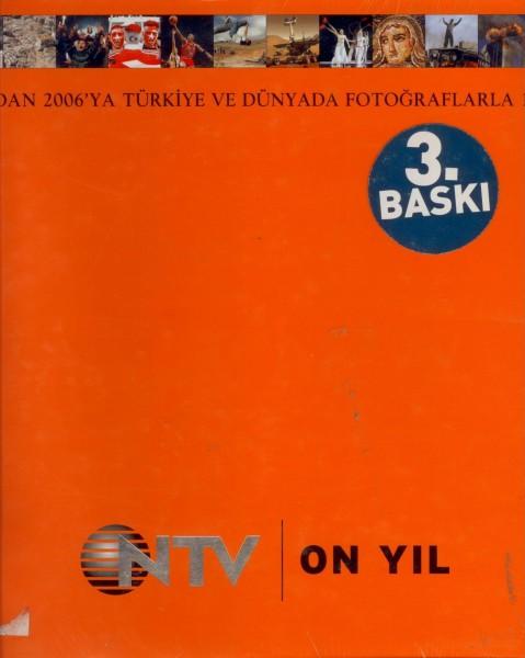 10 Yil Almanak; 1996'dan 2006'ya Türkiye ve Dünyada Fotograflarla 10 Yil